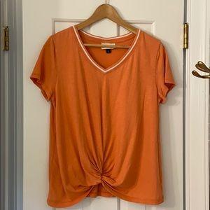 ✳️Universal Threads v neck top, good condition!